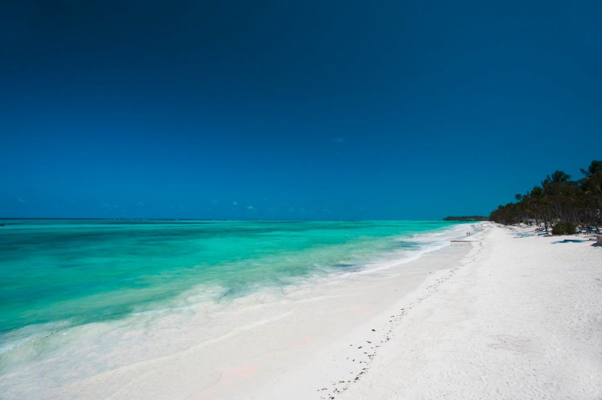 SEACLUB KARAFUU BEACH RESORT & SPA